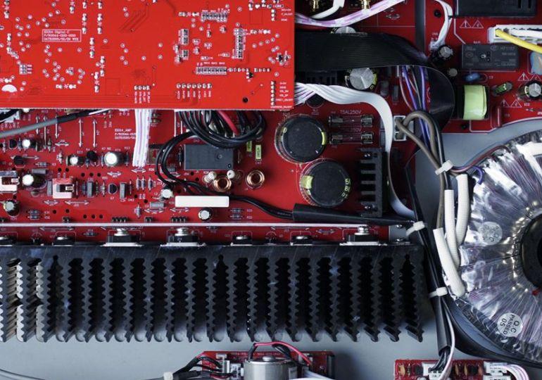 Stereo-Verstärker BC Acoustique EX-214: HiFi-Allrounder mit exzellentem Klang und kompaktem Design