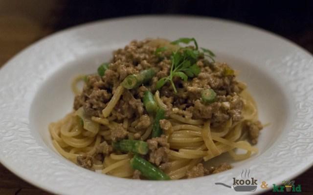 Thaise spaghetti bolognese
