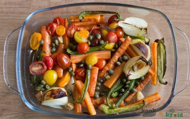 Pasta met gegrilde groenten en kappertjesdressing