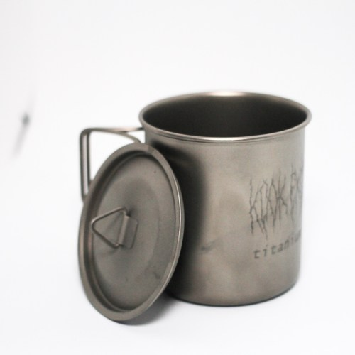 MUGS AND OTHER VESSLES