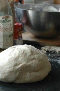 pizzadeeg maken