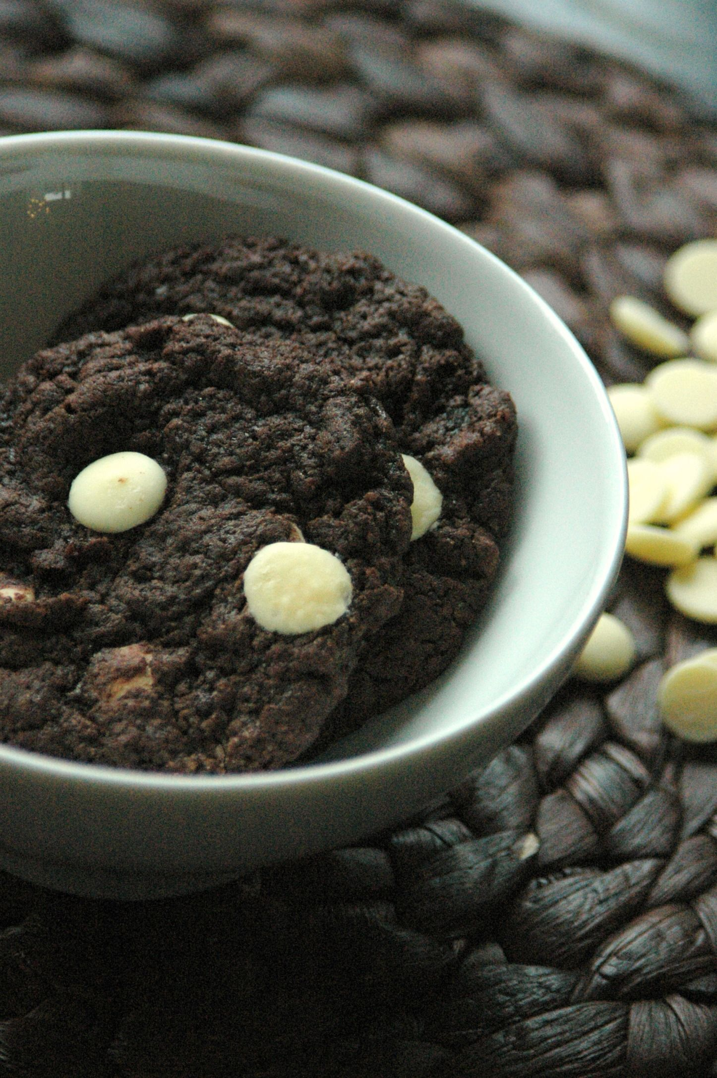 Chocolade koekjes met witte chocolade