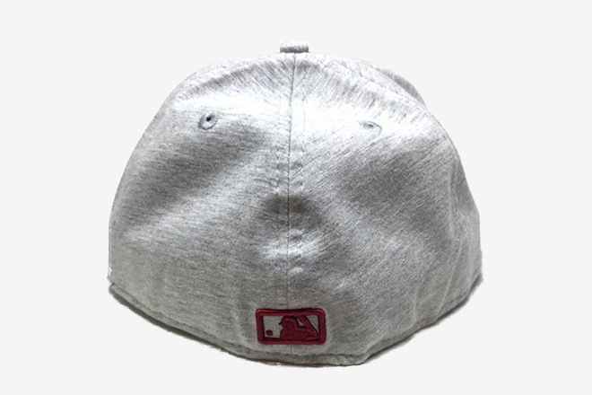 Formes de casquettes - Attache fitted