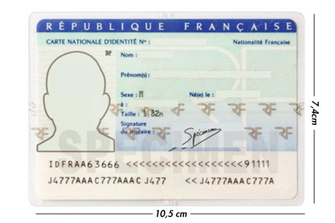 Quelle est la dimension d'une carte d'identité française ?