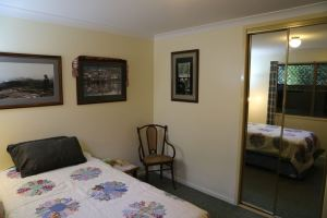 Guest room with king singles