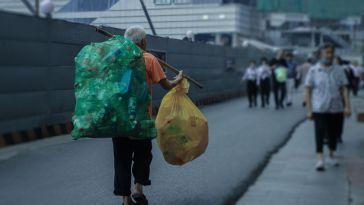 Plastik Poşetler Neden Ücretli Olmalı?