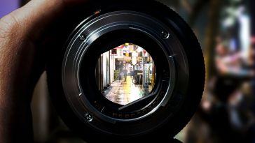 Telefon Kamerasından Profesyonelliğe: Profesyonel Fotoğraf Çekmek İsteyenler İçin Faydalı Bir Rehber