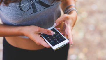Sosyal Medya'da Paylaştığımız Kadar Mutlu Muyuz?