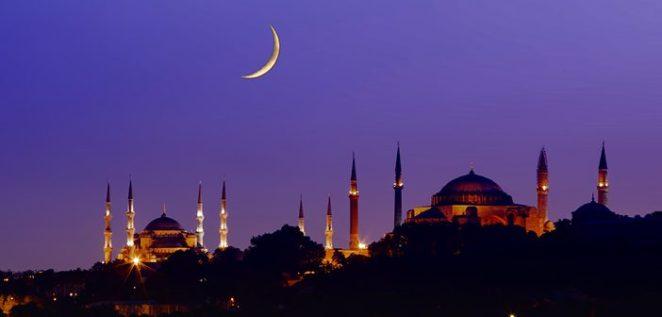 Ramazan Ayı Geliyor! Oruç Tutacaklar İçin Tok Kalarak Sağlıklı Beslenmenin Yolları
