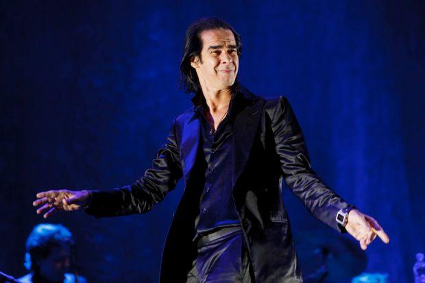 Nick Cave Yaratıcılığı Körelen Söz Yazarı Hayranına Şarkı Sözlerini Verdi
