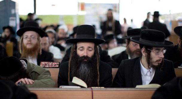 Toplumda Tamamen İzole Bir Hayat Yaşayan Yahudi Harediler Kimlerdir?