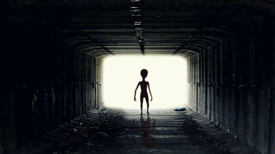 """Facebook'tan Büyüyen """"51. Bölge UFO Etkinliği"""" Gerilimi Nasıl Sonuçlanacak?"""