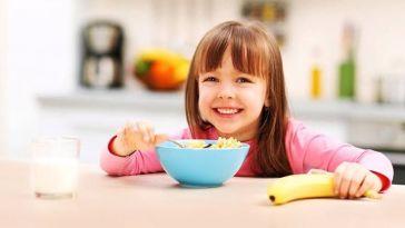 Çocuğunuzu Okula Göndermeden Önce Yedirebileceğiniz Hızlı ve Pratik 5 Kahvaltı Tarifi
