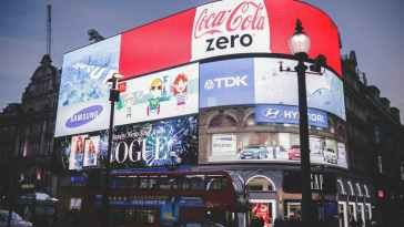 Tüketim Toplumu ve Reklam