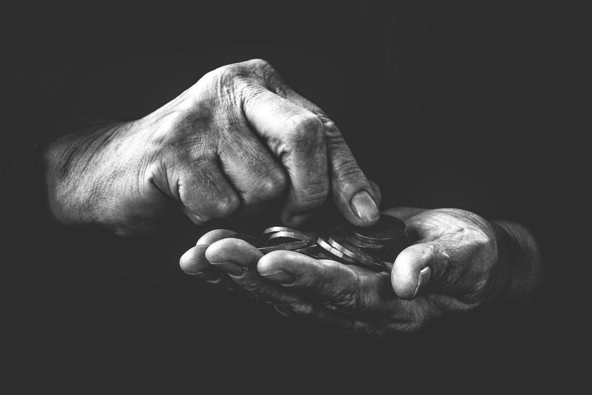 Yoksul ve İşsiz Olmanın Dayanılmaz Hafifliği