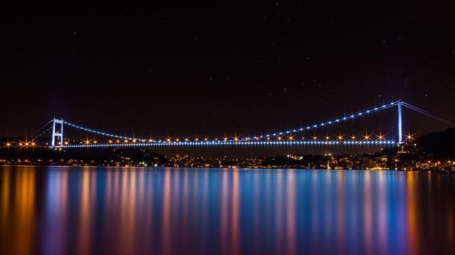 gece köprü fotoğraf çekimi