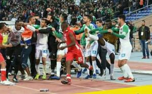 شجار عنيف بين لاعبي الرجاء و أفريكان ستارز