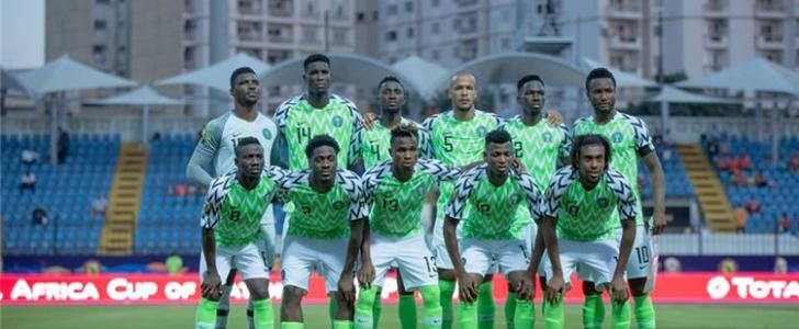 نيجيريا تهزم غينيا بهدف وتغرد في صدارة المجموعة الثانية