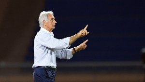 وحيد حاليلوزيتش يجري تعديلات على تشكيل المنتخب المغربي لمواجهة النيجر