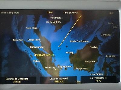 一路、シンガポールにひたすら飛ぶ