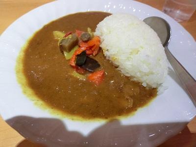 「スパイシーでコク旨な日本の味」がキャッチフレーズ