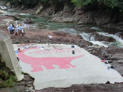 恐竜発掘体験現場