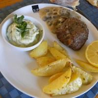 Μπιφτέκια με Πατάτες Γεμιστά με Φέτα, Χόρτα βραστά και Αγγουροσαλάτα με δυόσμο και γιαούρτι