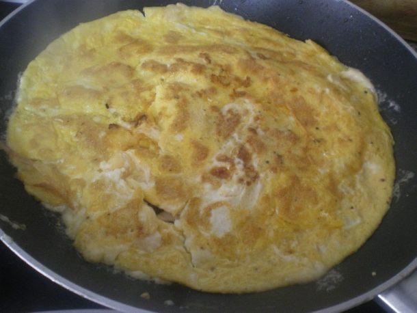 Ομελέτα με ζαμπόν και τυρί εικόνα