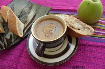 Ταχινόπιτα με Μήλα
