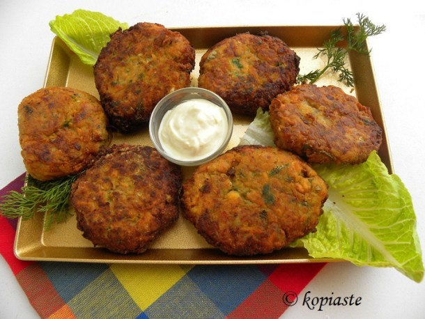 Vegetable fritters1