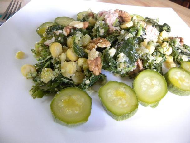 Ρεβίθια με σαλάτα βλήτα και Πέστο εικόνα
