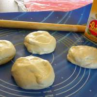 How to Make Easy Homemade Dough for Pastries