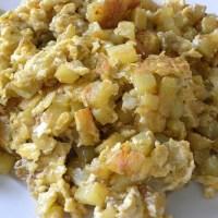 Patates me Avga (Potatoes with eggs)