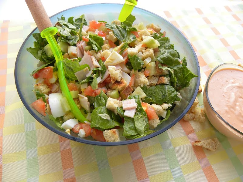 recipe: what salad goes with thousand island dressing [37]