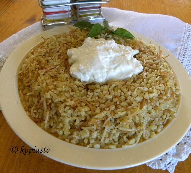 Pilafi Pourgouri (pligouri) –  Bulgur wheat pilaf