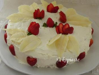 Elia's White Chocolate Leafs strawberry cake