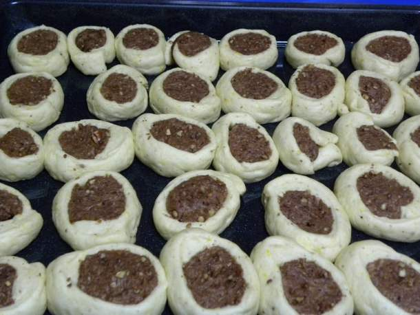 roxakia dough cookies before baking