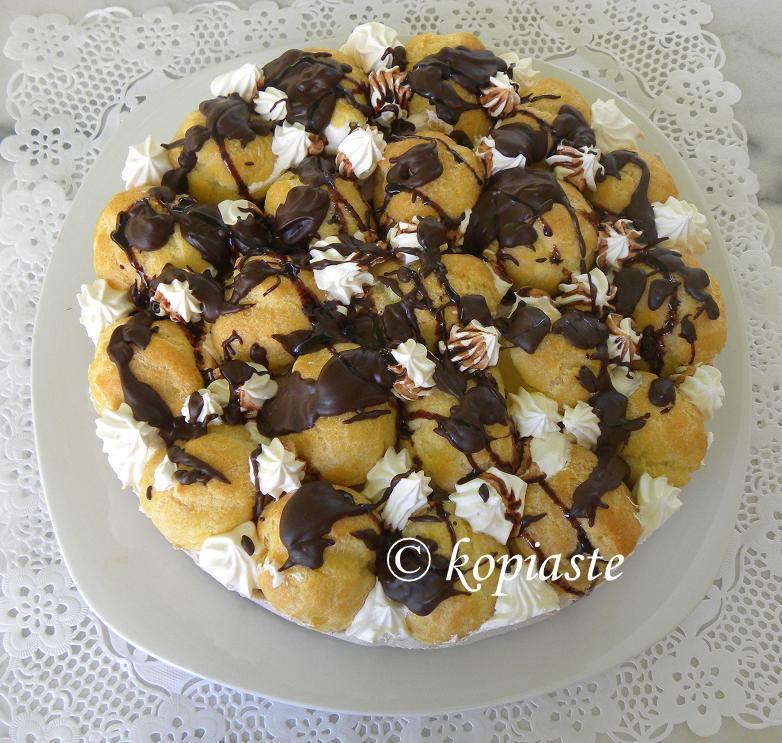 profiterole-chocolate-cheesecake-4
