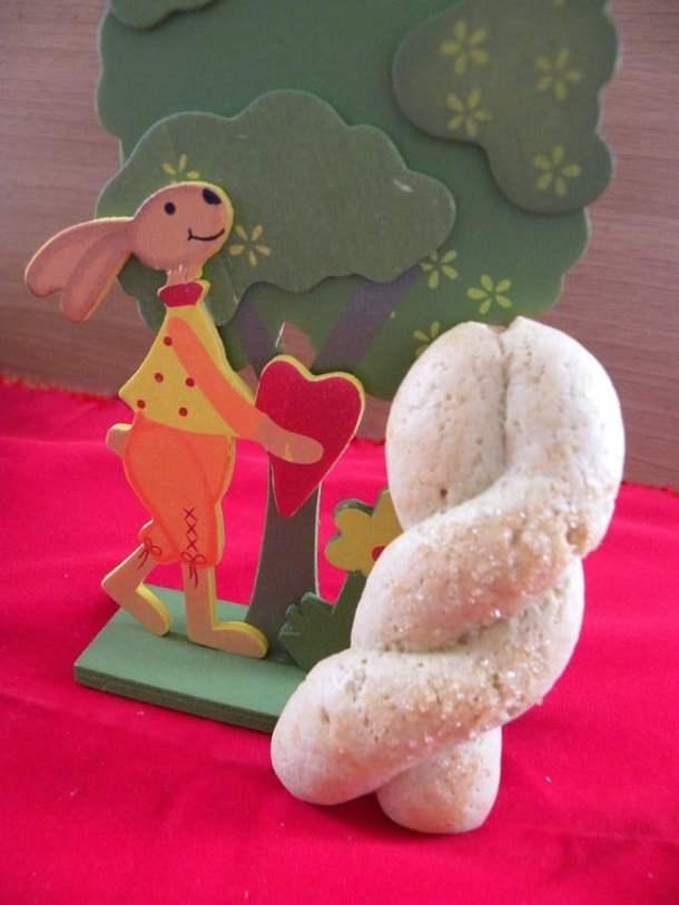 Easter Koulourakia cookies image