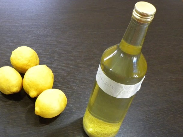 Limoncello made with zest image