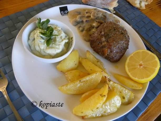 Beefburger and Avocado Tzatziki