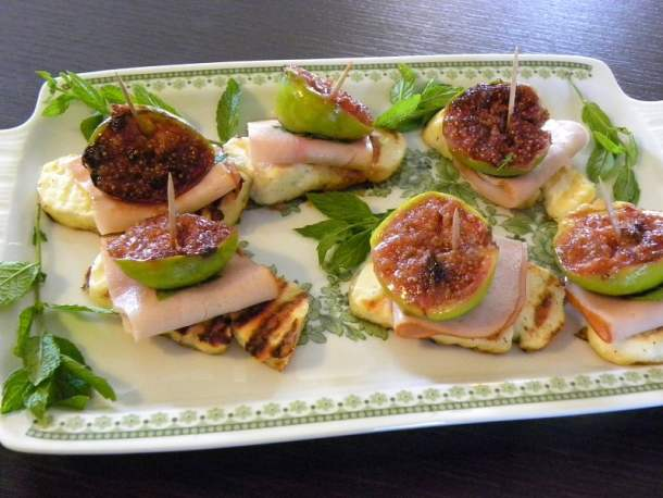 Halloumi and fig appetizer image