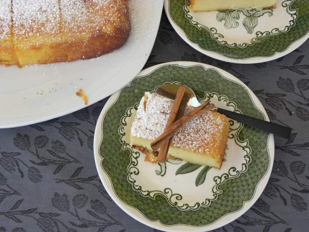 Galatopita with cinnamon image