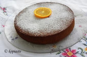 cinnamon-and-almond-orange-cake-with-pulp