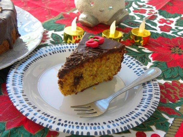 Almond raspberry coffee cake cut image