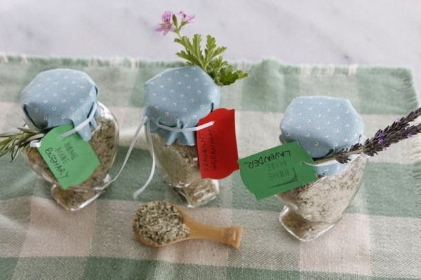 Rosemary, lavender and fragrant geranium aromatic salt image