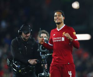 Virgil van Dijk sends message to free agent after post directed to Liverpool fans