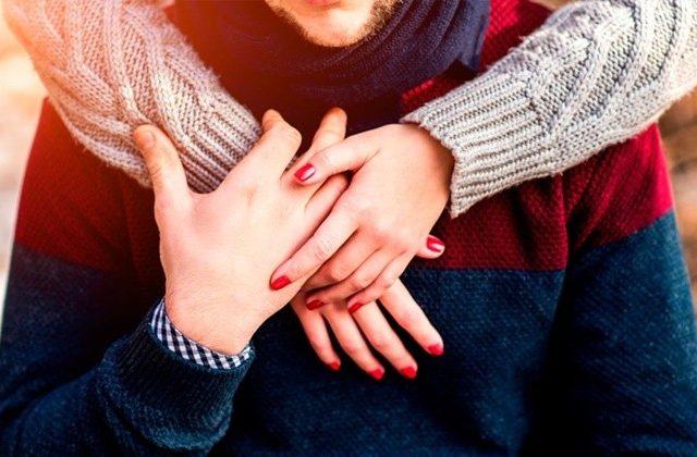 Tips Agar Suami Istri Tetap Mesra Meski Berjauhan Saat Puasa