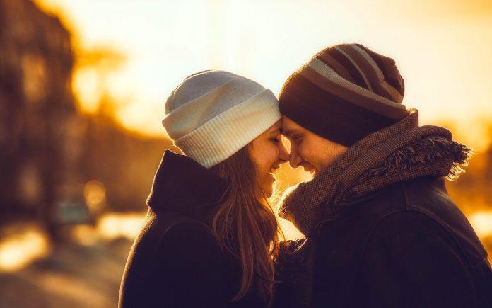Tips Menjaga Hubungan Cinta Agar Awet Sampai Kakek Nenek