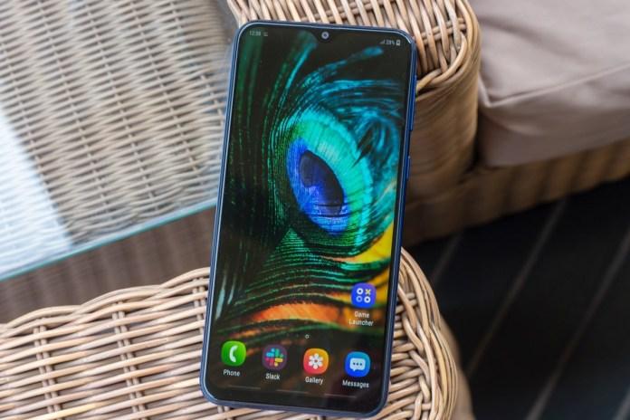 Samsung Galaxy M20 Harga Rp 1.9 Juta Rupiah